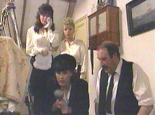 The  'ALLO 'ALLO!  Gallery on YCDTOTV.de    Path: www.YCDTOTV.de/allo_img/k1_205.jpg