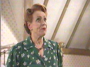 The  'ALLO 'ALLO!  Gallery on YCDTOTV.de    Path: www.YCDTOTV.de/allo_img/k1_211.jpg